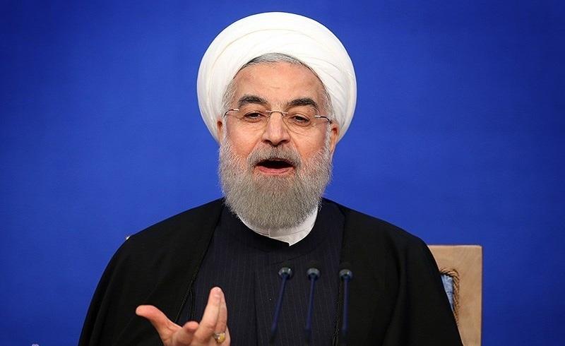 تاکید روحانی بر ساماندهی بازار سرمایه و نوسانات ارز/ هیجانزدگی کاذب نباید بورس را متأثر کند
