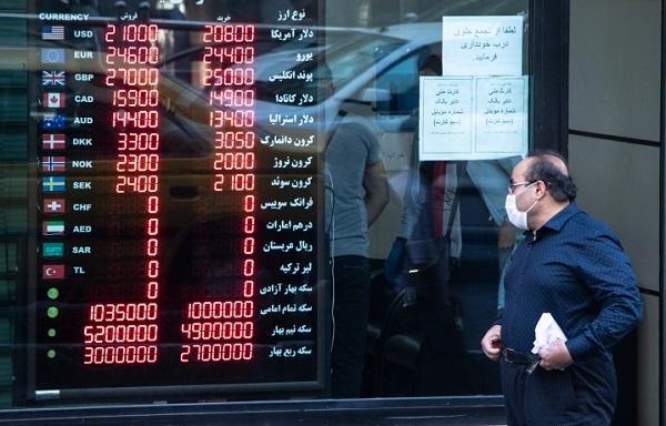 تأثیر اتفاقات سیاسی غرب بر نرخ ارز/ منتظر افت قیمت دلار باشیم؟