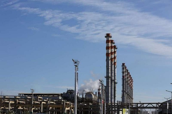 تاسیس پالایشگاههای خصوصی در طرح پیش فروش نفت برای خرید و فروش فرآوردهها