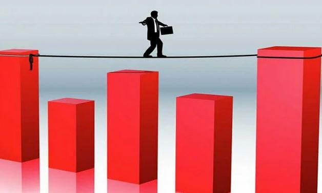 چه ریسکهایی سرمایهگذاری ما را تهدید میکنند؟