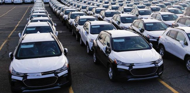 پشت پرده طرح پیشفروش خودرو / انبار خودروسازان خالی است؟